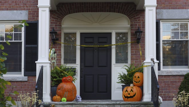 October is typically viewed as the scariest month of the year. But if you are thinking of buying or selling a home, there's nothing to fear.