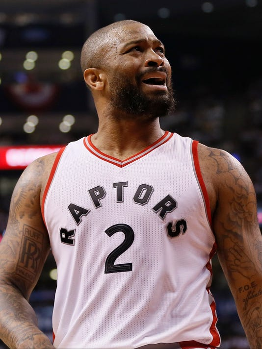 USP NBA: PLAYOFFS-CLEVELAND CAVALIERS AT TORONTO R S BKN TOR CLE CAN ON