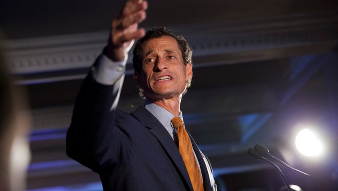 Democratic mayoral hopeful Anthony Weiner pulls out of the race at Connolly's Pub in midtown  Manhattan on September 10, 2013.