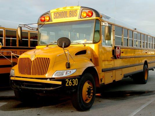 636307309625525752-0909-tclo-bus.JPG