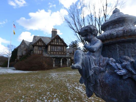Skylands manor tours resume