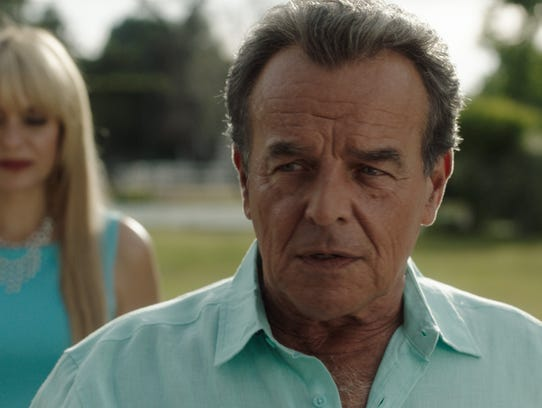 Is Ray Wise the shatterer or the shatteree? Either