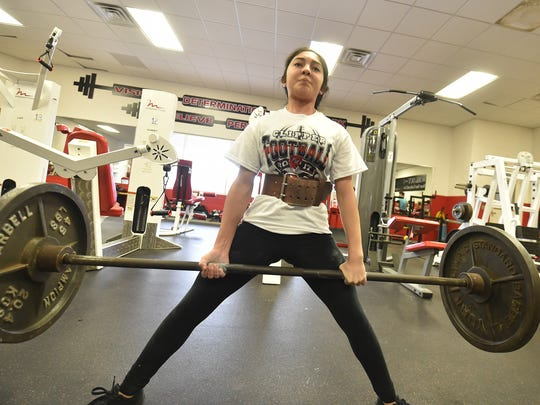 Sturgeon Bay powerlifting team pulling its weight at state