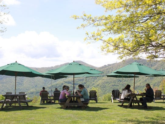 Dining outdoors at The Swag in Waynesville.