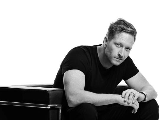 Barrett Baber will play a free concert Sunday at Wildhorse