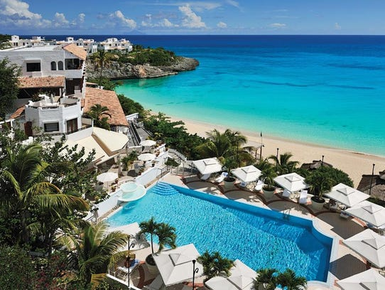 The pool and beach at the the Belmond la Semana in