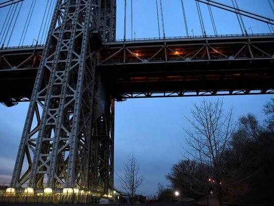 George Washington Bridge suicide sparks guard fears