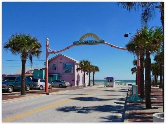 1117-JCNW-Flagler-Avenue-in-New-Smyrna-Beach-Florida2.jpg