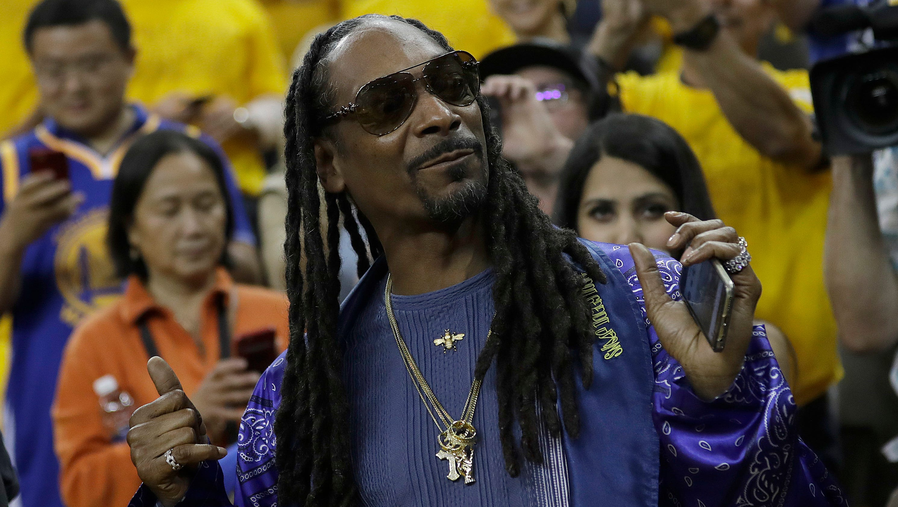 Nba finals snoop dogg aaron rodgers among notable game 5 attendees kristyandbryce Gallery