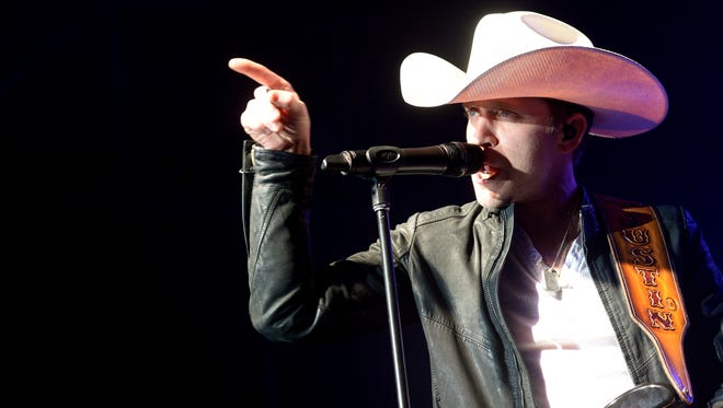 Justin Moore will headline the Wisconsin State Fair on Aug. 13.