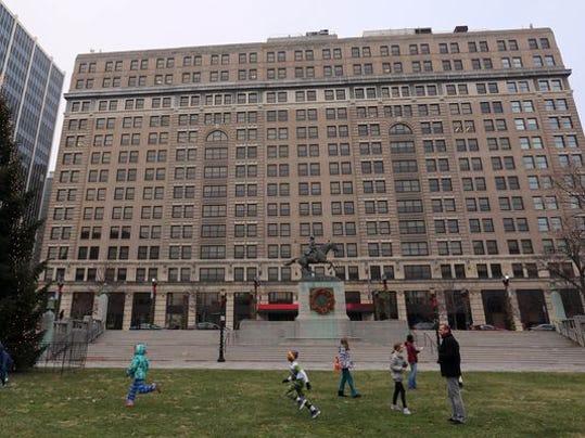 DuPont building.jpg