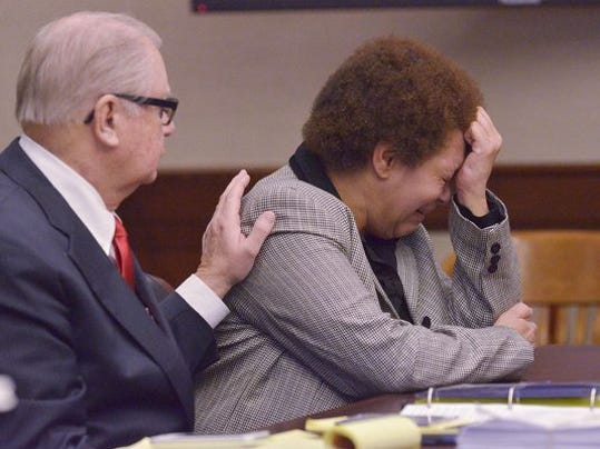 Tewana Sullivan in court.JPG