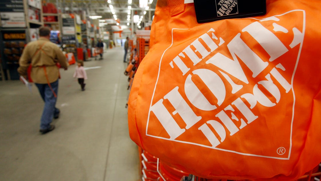 home depot hackers used vendor log on to steal data e mails