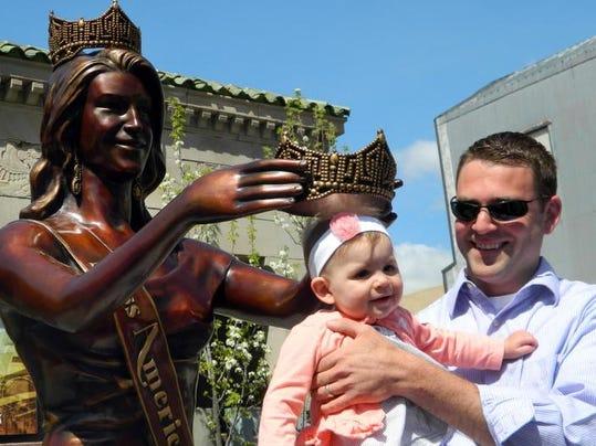 Miss America Statue_Alt.jpg