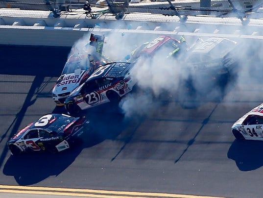 2-15-15-qualifying crash