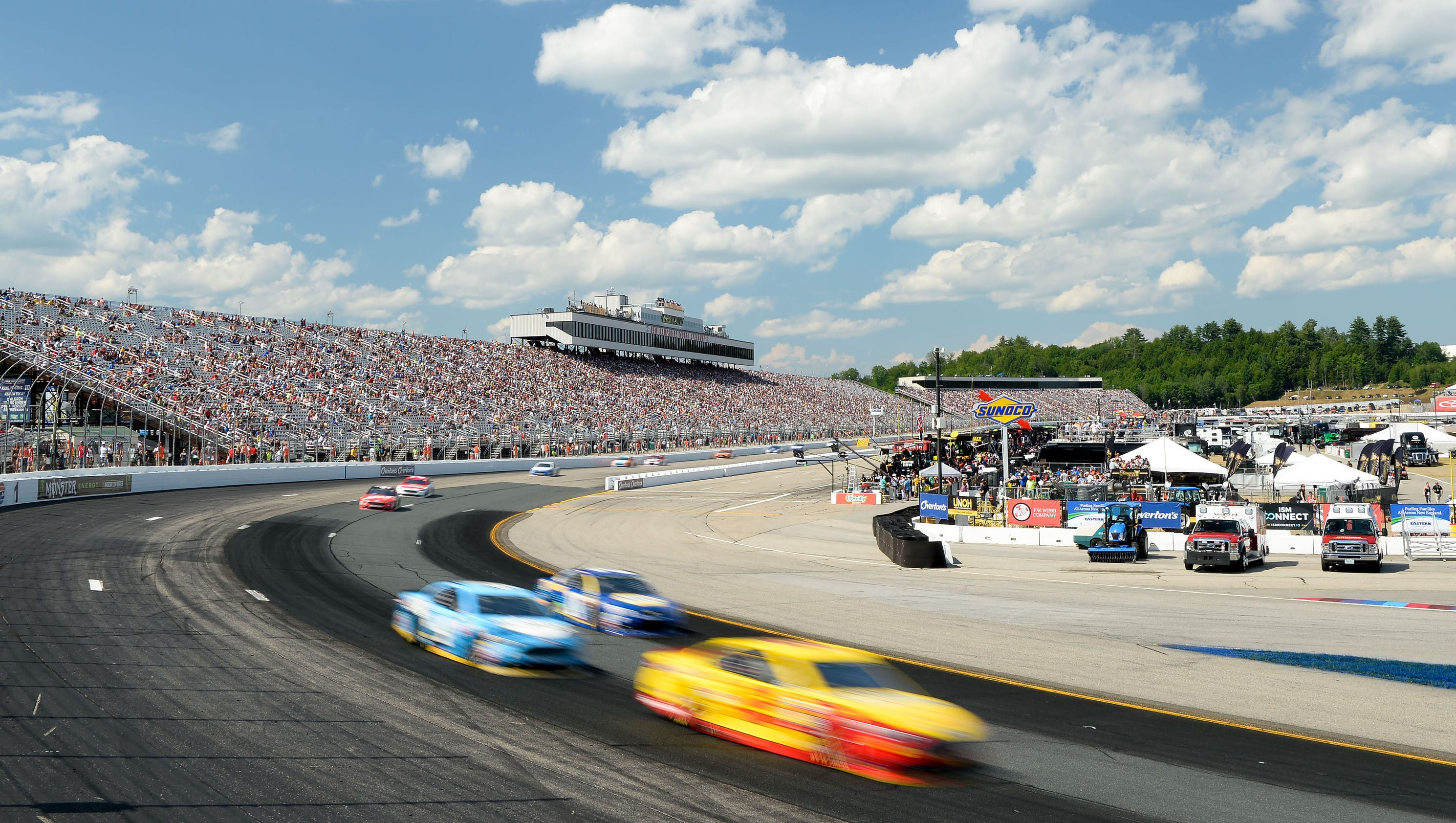 Nascar race red flagged for pothole repair at new for New hampshire motor speed way