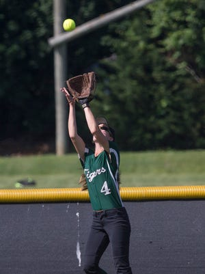 South Plainfield Softball defeats Middletown North for NJSIAA North 2 Group 3 Title in Middletown, NJ on May 31, 2017