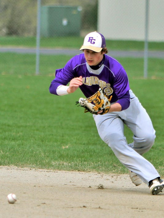 Glads 2nd baseman Josh Nabozny zeros in on a hard grounder[1]