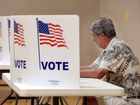 -Voters 2.jpg_20140805.jpg