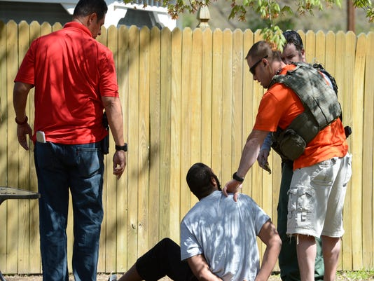 Feds locking up fewer fugitives fleeing serious charges