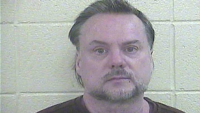 Glenn Rosing arrested in Huntingburg for alleged Battery.