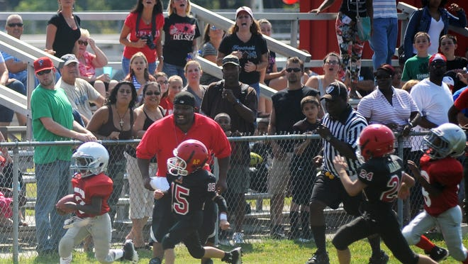 The Vineland Midget Football league is asking the city to change its policies on naming fields so the league can honor two living residents.