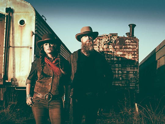 Husband-and-wife duo The Grahams perform tonight at Luna Cafe in De Pere.