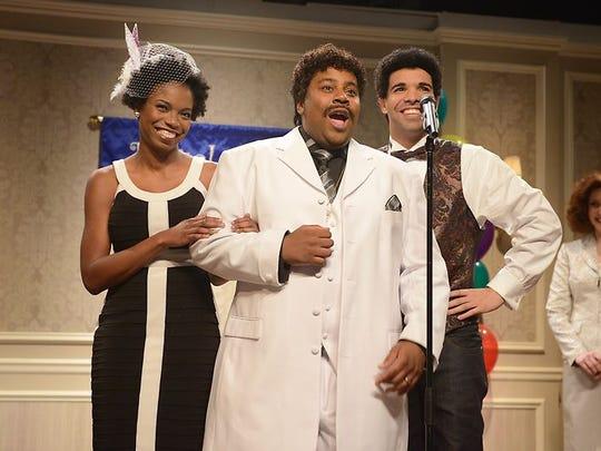 Sasheer Zamata (left), makes her 'Saturday Night Live' debut with Kenan Thompson and Drake.