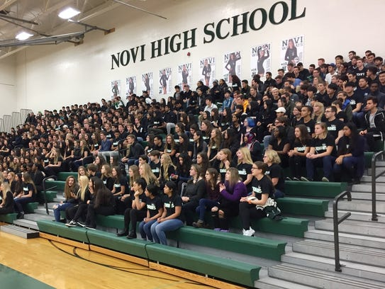 Novi seniors gathered for Erin O'Leary's Miss Volleyball