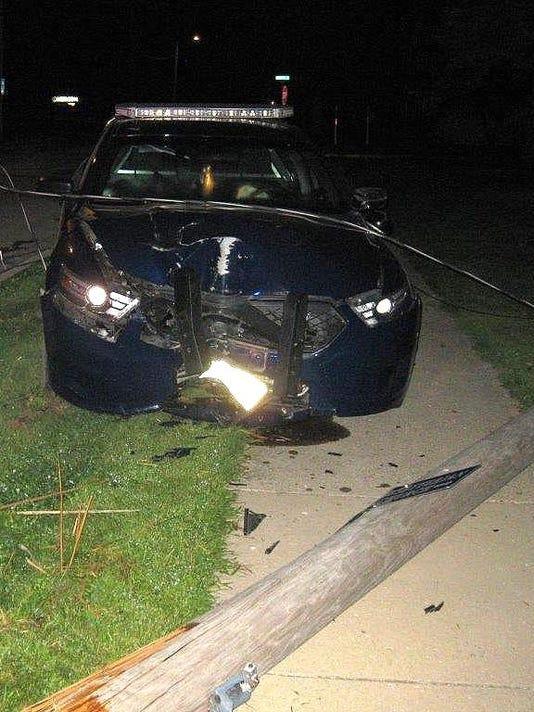 squadcar-accident-17082303071900 (2)