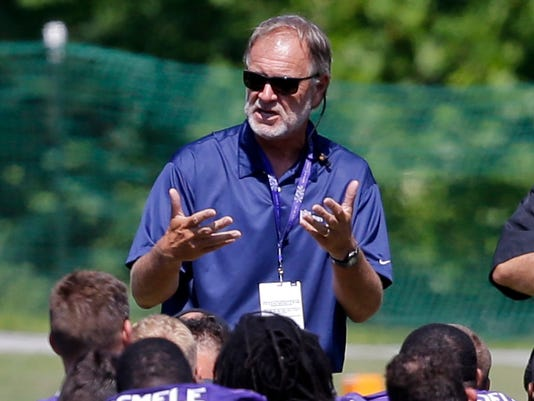 635804975152189389-AP-Ravens-Camp-Football-MDPS