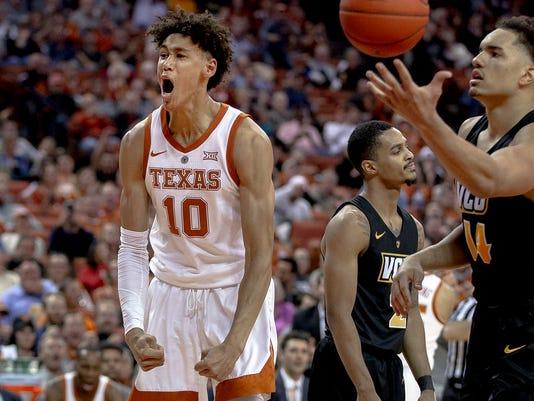 Texas_Hayes_Rising_Basketball_29910.jpg