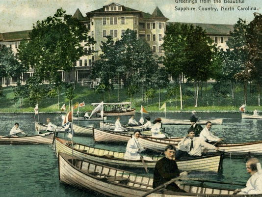 Regatta-Race-Toxaway-Lake-1907-postcard-crop.jpg