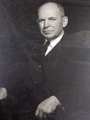 Theodore D. Parsons in his official portrait when he served as New Jersey state Attorney General (1949-1954).