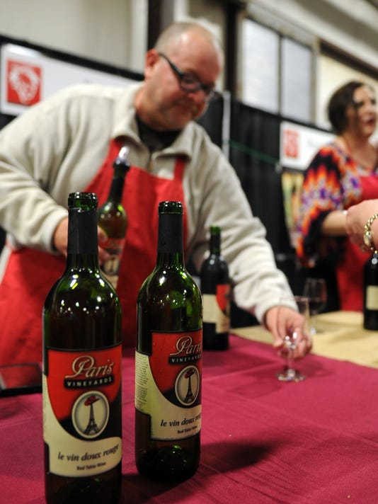 2016 Senior-Junior Forum's Red River Wine and Beer Festival