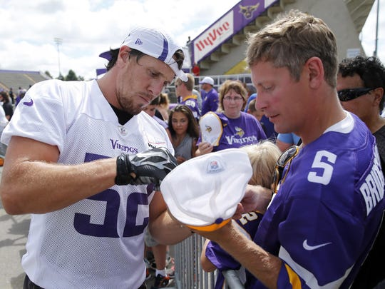 Minnesota Vikings outside linebacker Chad Greenway,