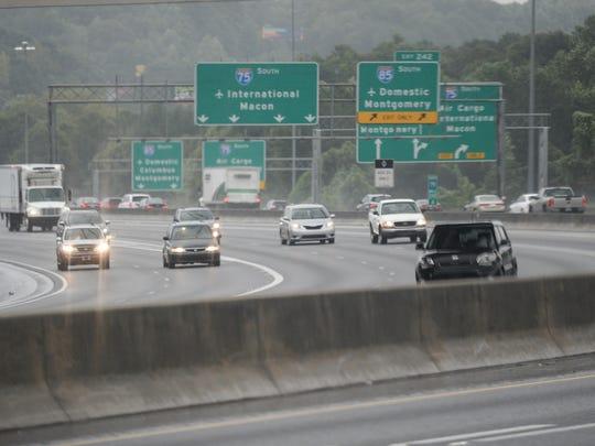 Traffic moves in rainy conditons I-75/85 in Atlanta