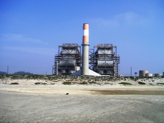This is a view from the beach of the existing Mandalay Generating Station in Oxnard.