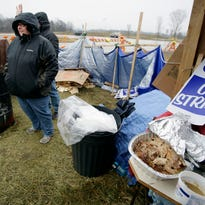 UAW Local 833 striking Kohler workers had Thanksgiving meals on the picket line along County Road PP Thursday November 26, 2015 in Kohler.