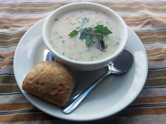 uask25-B&B clam chowder