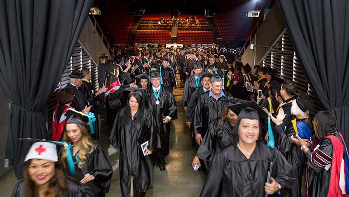 Thousands to graduate from UTEP, EPCC this weekend