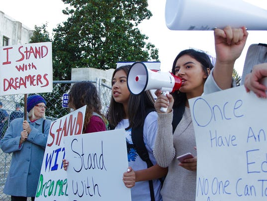 Salem-Keizer students rally for DACA, Dream Act at Oregon State Capitol