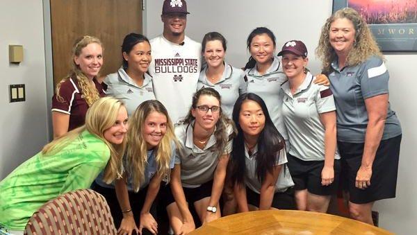 Mississippi State quarterback Dak Prescott gave a motivational speech to the school's golf team on Wednesday.