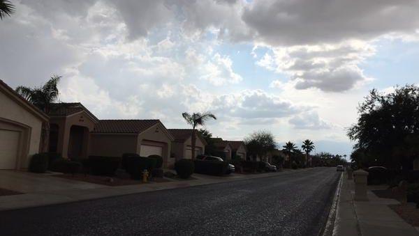 A storm moves through Sun City, Palm Desert April 23, 2015.