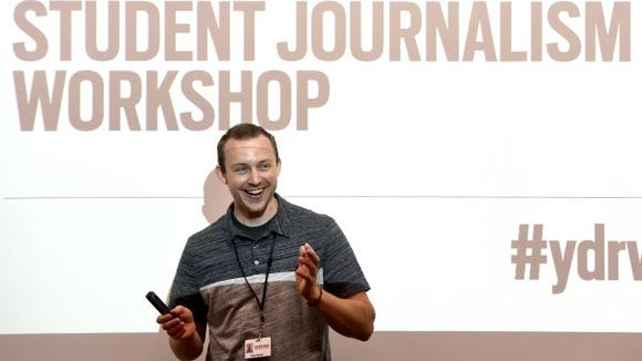 The York Daily Record's Artist Sean Heisey talks about his craft at the high school journalism workshop.