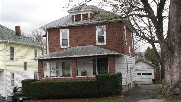 27 Bedford St. in the City of Binghamton sold recently for $15,123.