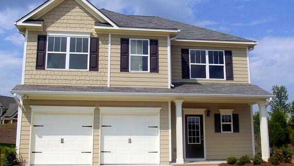 Smith Douglas Homes is building at the Overlook at Carter's Creek Station subdivision in Columbia, Tenn.