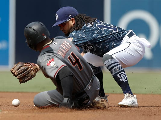 Diamondbacks_Padres_Baseball_69537.jpg