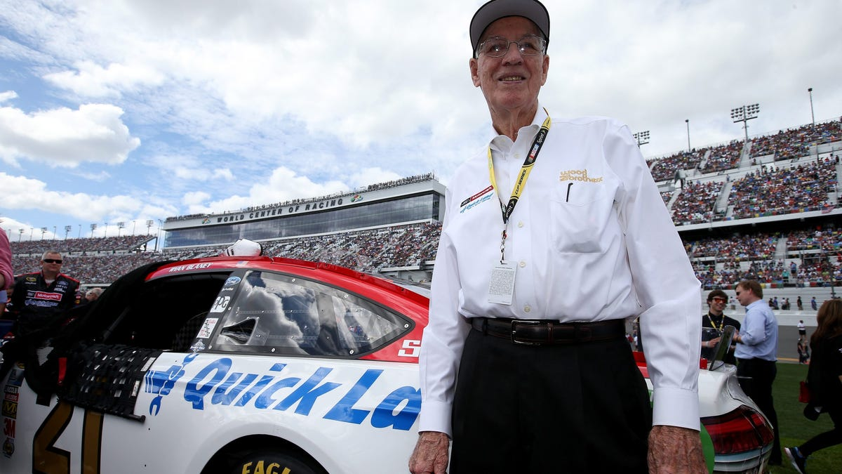 DAYTONA BEACH, FL - FEBRUARY 21:  Team owner Glen Wood stands on the grid prior to the NASCAR Sprint Cup Series DAYTONA 500 at Daytona International Speedway on February 21, 2016 in Daytona Beach, Florida.  (Photo by Sean Gardner/Getty Images) ORG XMIT: 605791233 [Via MerlinFTP Drop]