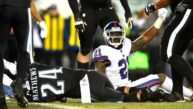 New York Giants strong safety Landon Collins (21) reacts after stopping Philadelphia Eagles running back Ryan Mathews short of a touchdown during the regular season game at Lincoln Financial Field in Philadelphia, PA on Thursday, December 22, 2016.